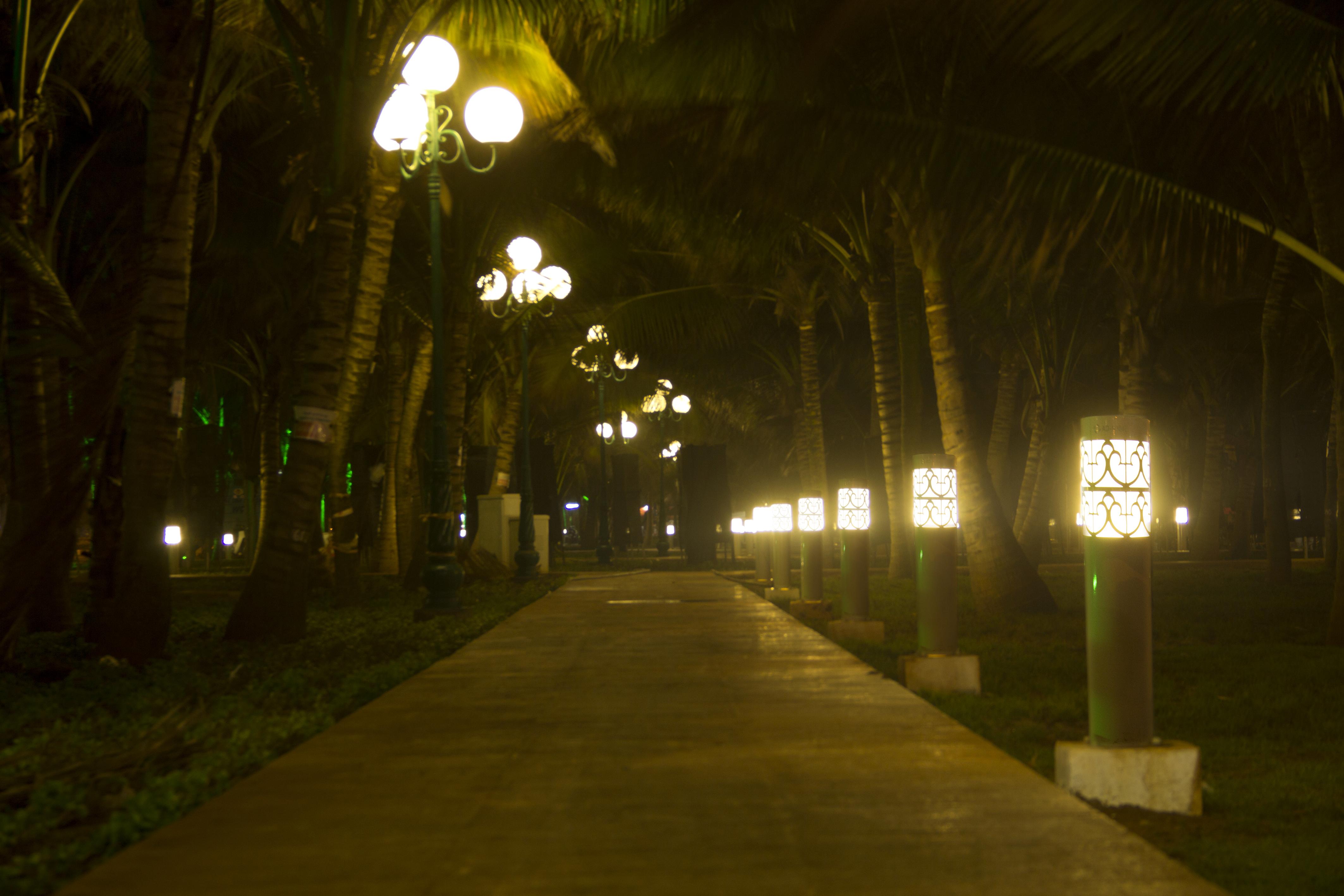 Cột đèn chiếu sáng công viên
